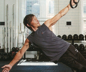 arms, norman reedus, and twd image