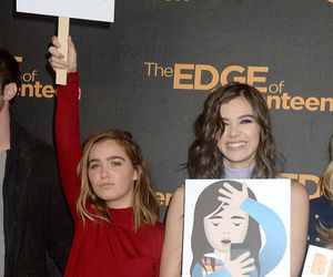 haley lu richardson, hailee steinfeld, and edge of 17 image