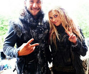 the 100, roan, and clarke griffin image
