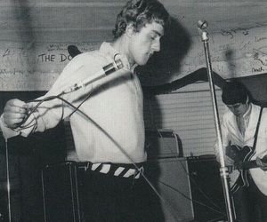 60s, Pete Townshend, and band image