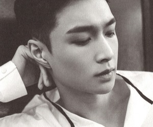 b&w, k-pop, and yixing image