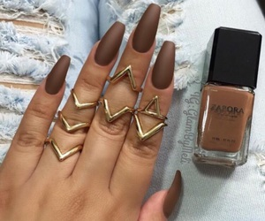 ongles, marron, and verni image