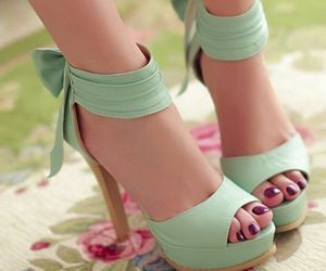 shoes, cute bows, and green mint image