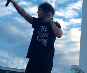 concert, helsinki, and louis image
