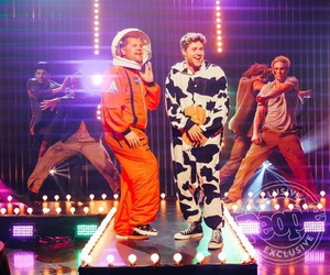 niall horan, one direction, and james corden image