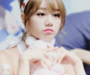 icons, lee hyeri, and kpop image
