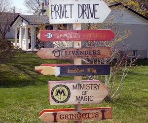 harry potter, hogwarts, and privet drive image