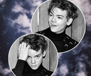 wallpaper, thomas sangster, and lockscreen image