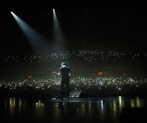 shawn mendes, concert, and shawn image