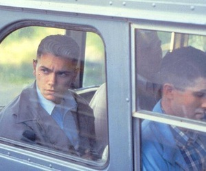 90s, river phoenix, and dogfight image