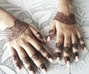 hands, henna, and indian image