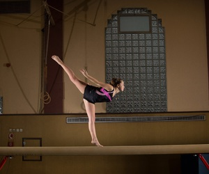 beam, gymnastics, and turnen image