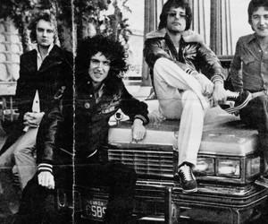black and white, bw, and Freddie Mercury image