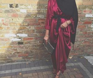 Dubai, silk, and abaya image
