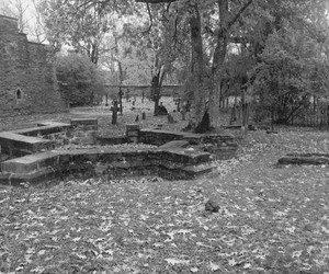 b&w, black and white, and cemetery image