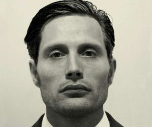 mads mikkelsen and hannibal image