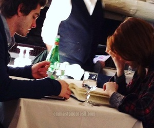 couple, date, and emma stone image