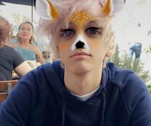 tumblr boy, dysndysn, and cute image