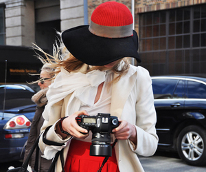 fashion, hat, and red image