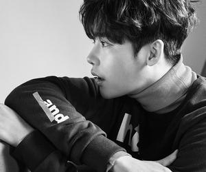 lee jong suk, korean actor, and 이종석 image