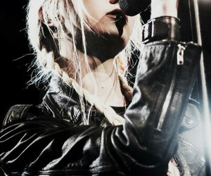 the pretty reckless, bands, and Taylor Momsen image