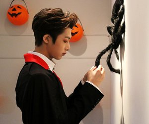 kpop, hyungwon, and Halloween image