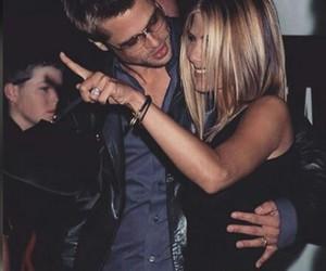 Jennifer Aniston, brad pitt, and couple image