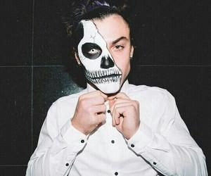 ethan dolan, dolan twins, and Halloween image