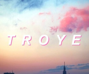 troye sivan and wallpaper image