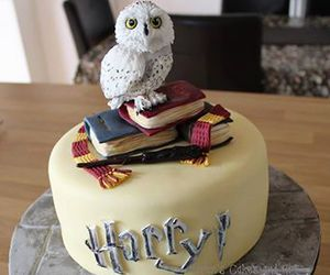 cake, hedwig, and harry potter image