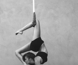 flexibility and trapeze image