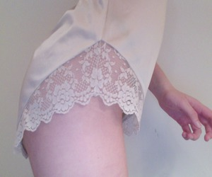 pale, grunge, and lace image