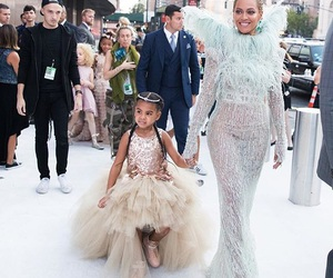 blueivy and beyoncé image