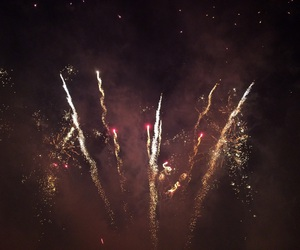 bonfire night, fireworks, and guy fawkes image