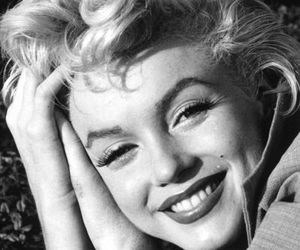 black and white, Marilyn Monroe, and norma jeane mortenson image