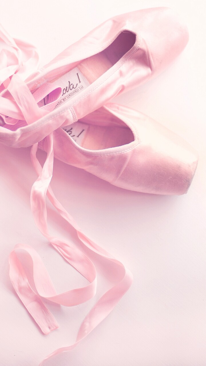 Background Ballet Ballet Shoes Beautiful Beauty Design Fashion Iphone Kawaii Lace Pastel Pink Pink Shoes Pointe Shoes Shoes Still Life Style Wallpapers We Heart It Woman Beautiful Shoes Pink Background Beauty Art