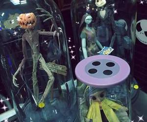 coraline and dolls image