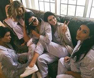 thekardashians image