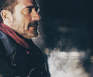 jeffrey dean morgan, the walking dead, and negan image