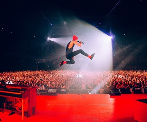 twenty one pilots, top, and red image