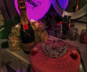 birthday, Queen, and moetchandon image