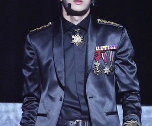 Leo, jung taekwoon, and vixx image