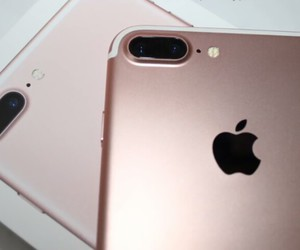 rose gold and iphone 7 plus image