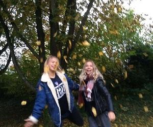 girls and lisa and lena image