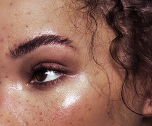 beauty, makeup, and freckles image
