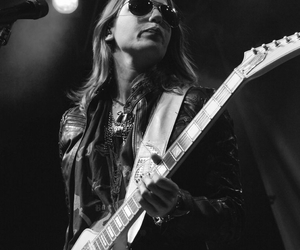 hard rock, lzzy hale, and music image