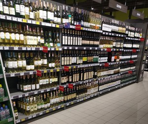 alcohol, store, and vine image