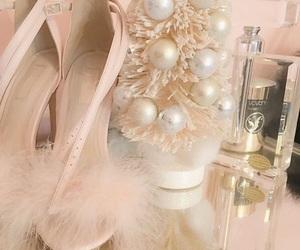 pink, vintage, and gabriella demartino image