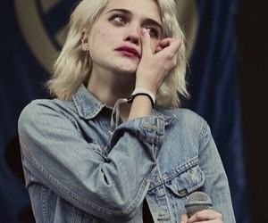 icon, indie, and sky ferreira image