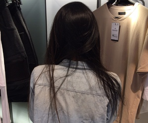 girl, hair, and clothes image